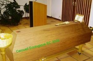 LE CERCUEIL VERT - Ecologique EC dans Crématistes - France Cercueil-Ecologique-EC-Rochelle-2009-300x199
